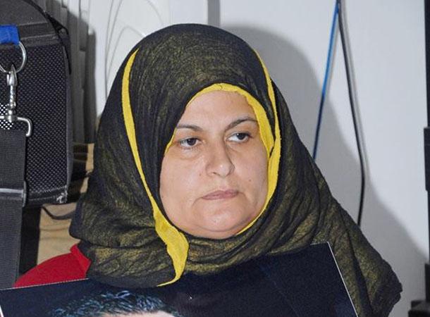 ''والدة نذير القطاري: ''الخارجية الليبية أكدت أن تونس لم تطلب البحث عن ابني