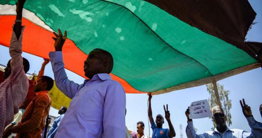 جرحى في إطلاق نار على متظاهرين في الخرطوم