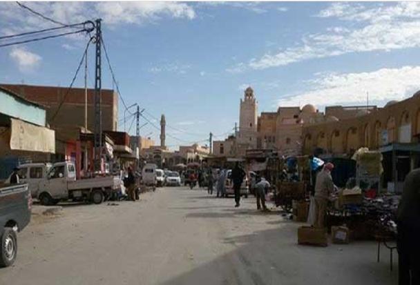 لهذه الأسباب يقتني تونسيون مستلزمات العودة المدرسية من الأسواق الجزائرية