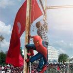 En photos : Superman, Hulk et Batman au Bardo