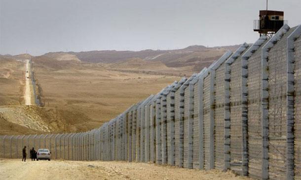 Deux groupes américains assureront la surveillance électronique à la frontière tuniso-libyenne