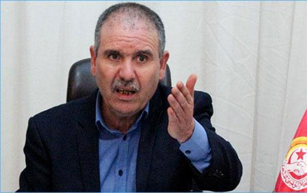 ''Nous traçons cent mille lignes rouges devant la cession des entreprises publiques'', souligne le secrétaire général de l'UGTT