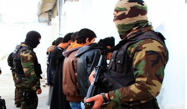 Arrestation de takfiristes pour boycott de la prière du vendredi
