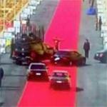 سجادة السيسي الحمراء طولها 4 كم تثير غضب المصريين