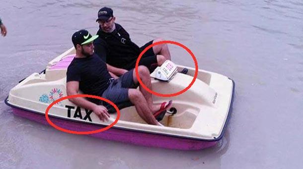 Photo du jour : Quand il pleut en Tunisie, les taxis deviennent des pédalos