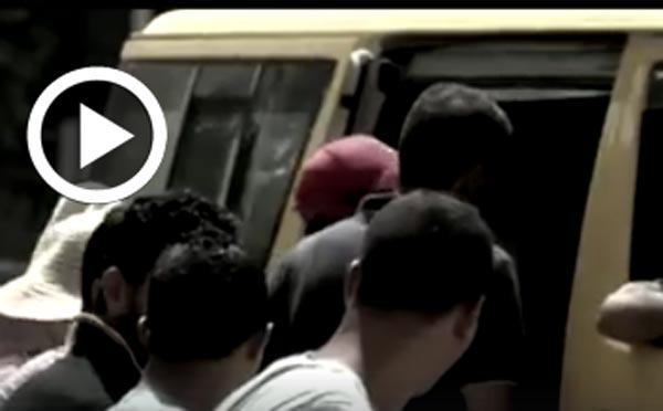 En vidéo - les taxis collectifs : Tant qu'il y a de l'oxygène, tant qu'on ramasse des clients