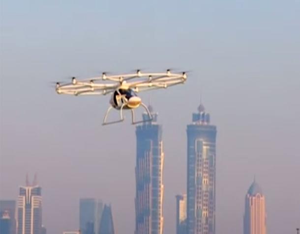 دبي تجرب أول تاكسي طائر في العالم