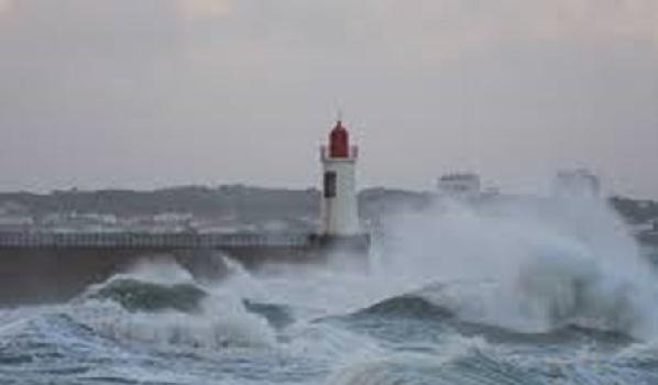 Alerte ! Le M. de l'Agriculture appelle les marins-pêcheurs à la prudence face aux conditions météo