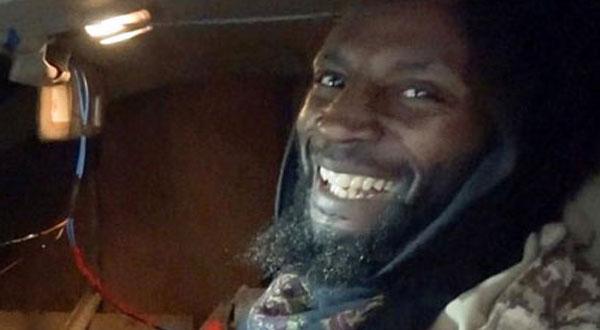 'الارهابي المبتسم' فجر نفسه في الموصل حصل على تعويض من لندن