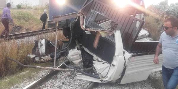 القلعة الكبرى :وفاة شخص و إصابة آخر في حادث اصطدام قطار بشاحنة