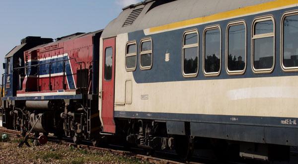 توقّف سير القطارات على الخط الرابط بين تونس و القلعة الخصبة في الإتّجاهين