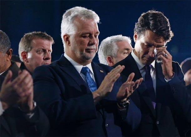 Photo du jour : Justin Trudeau en pleurs à la cérémonie de funérailles des victimes de l'attentat du Québec