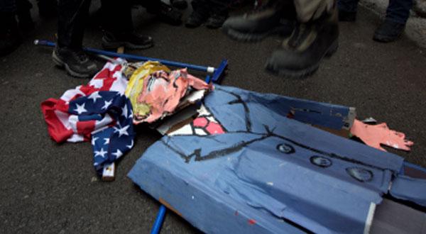 الشرطة الأمريكية تعتقل أكثر من 92 شخصا فى مظاهرات مناهضة لترامب بوشنطن