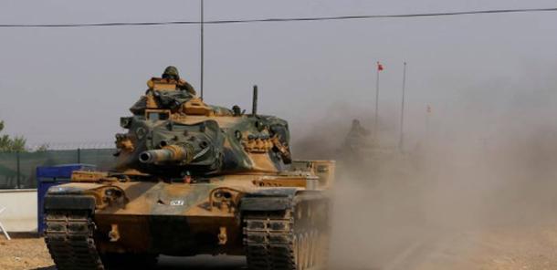 دبابات تركية في شوارع الدوحة