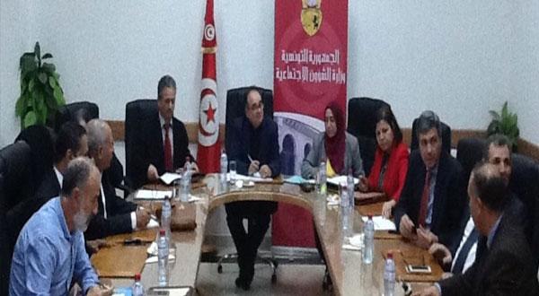 استئناف مفاوضات الزيادة في أجور القطاع الخاص