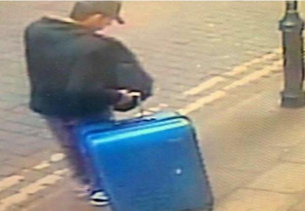 شرطة مانشستر تبحث عن حقيبة الإرهابي الليبي ثم اختفت