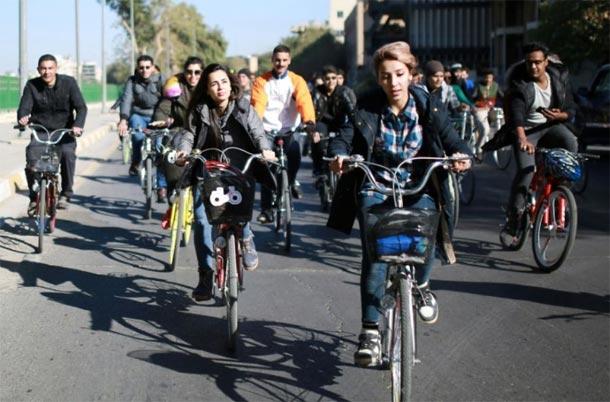 Irak : Des femmes à vélo pour affirmer leur liberté