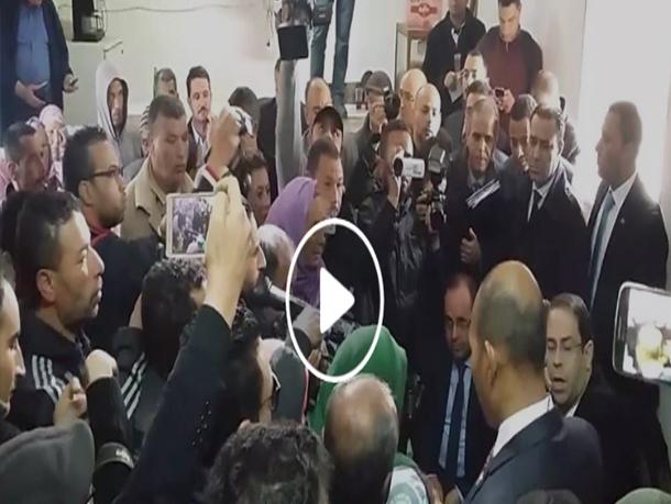 بالفيديو: رئيس الحكومة يستمع إلى مشاغل متساكني زغوان