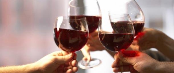 L'alcool augmente le risque de cancer : 700.000 cas de cancer liés à l'alcool chaque année dans le monde
