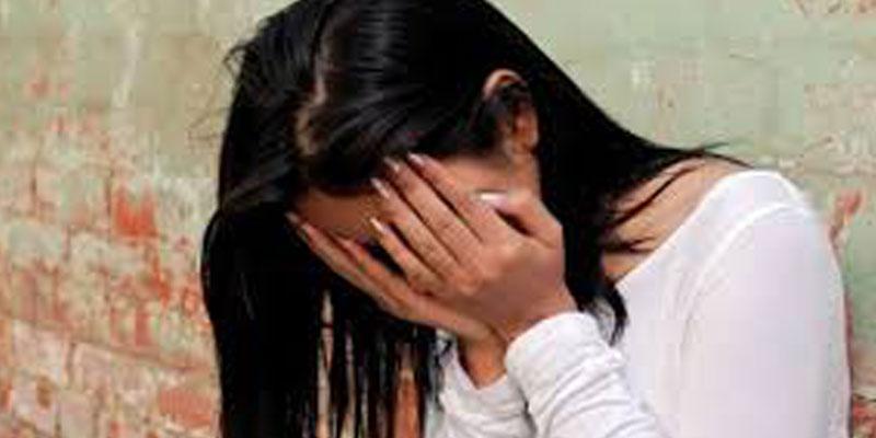 المكنين: فتاة تُغرّر بصديقتها لإغتصابها