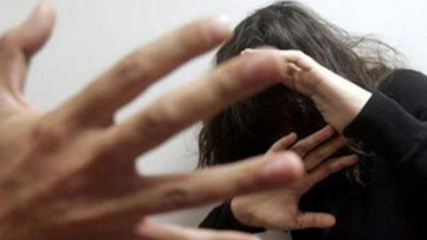 الإعدام والمؤبد لـ12 مصرياً تناوبوا على اغتصاب فتاة