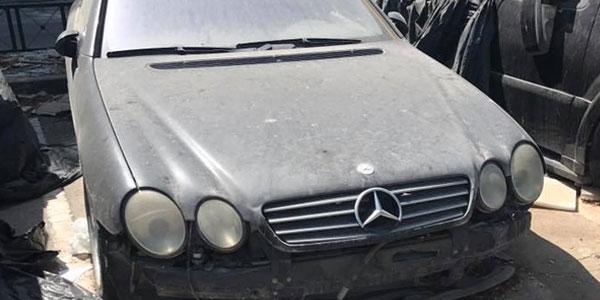 En photos : Le spectacle désolant de la gestion des voitures et bien confisquées.