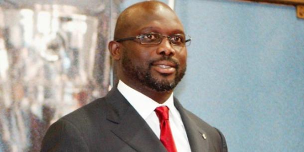 لاعب كرة قدم سابق يتصدر سباق انتخابات الرئاسة في ليبيريا