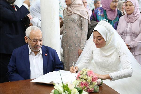 بالصّور عقد قران كاتبة الدولة المكلفة بالتكوين المهني والمبادرة الخاصة سيدة الونيسي