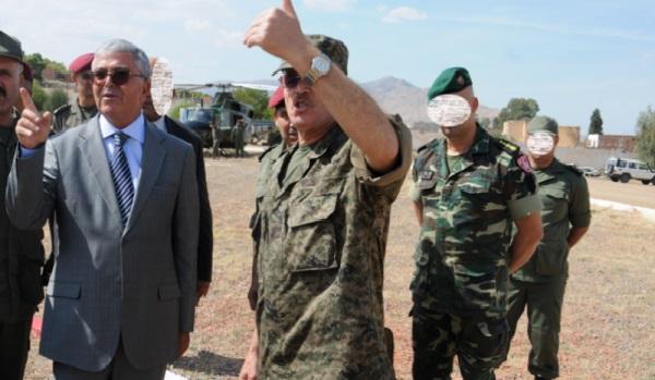 Le ministre de la Défense « rassure » les Tunisiens de la menace terroriste