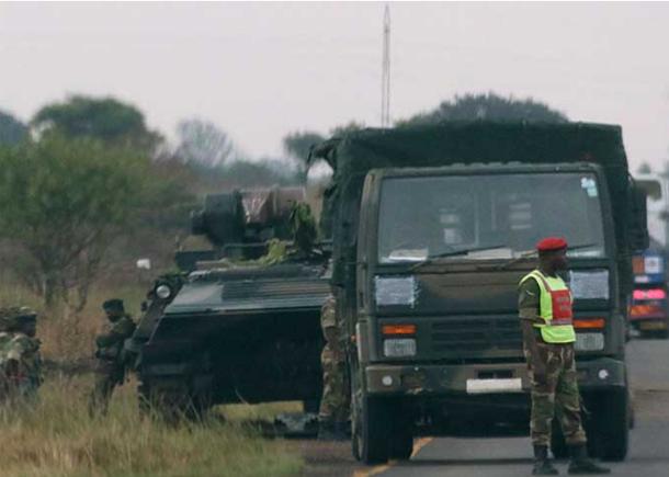 جيش زمبابوي يستولي على السلطة