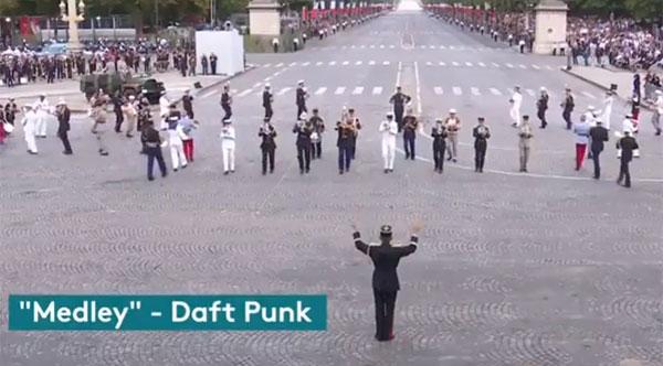 En vidéo : Quand l'Armée Française reprend Daft Punk pour la clôture du 14 juillet
