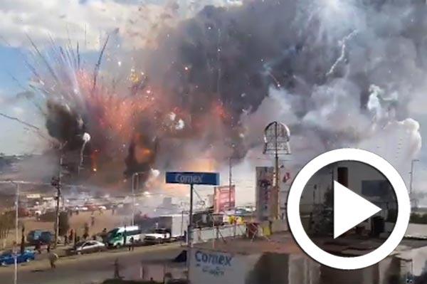 En vidéo : Les images de l'explosion dans un marché de feux d'artifice au Mexique