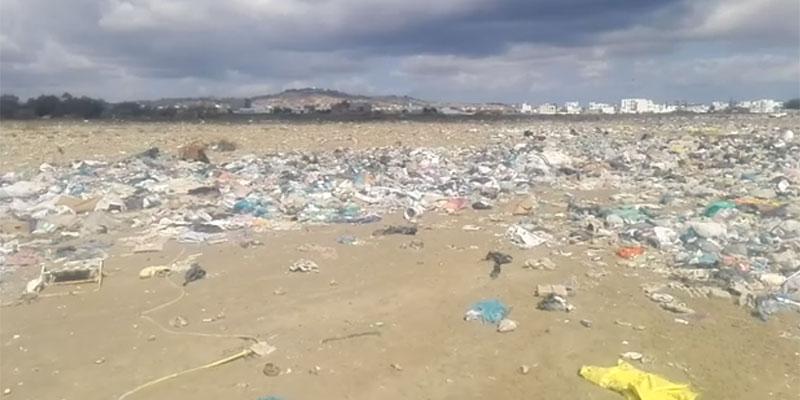 بالفيديو : حالة كارثية لبحيرة حمام الأغزاز