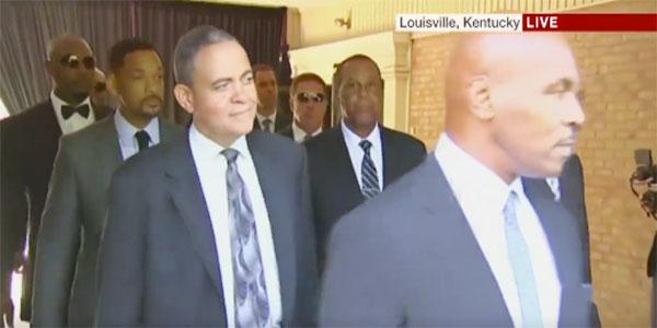 Will Smith, Lennox Lewis et Mike Tyson aux funérailles de Muhammad Ali Klay