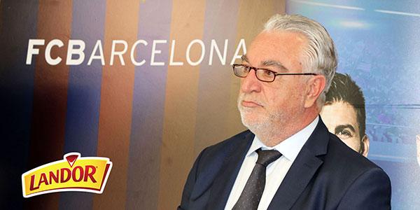 Hatem Denguezli présente le partenariat de Land'Or avec le FC Barcelone
