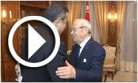 بالفيديو : مهدي جمعة يقدم إستقالة حكومته لقائد السبسي