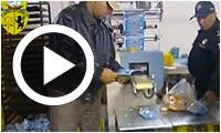فيديو : حجز 30 ألف قطعة مرطّبات وغلق مصنع الكايك بسكرة