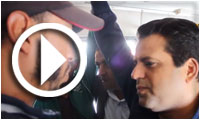 بالفيديو : سليم الرياحي يمتطي الحافلة مع المواطنين و يستمع لمشاغلهم