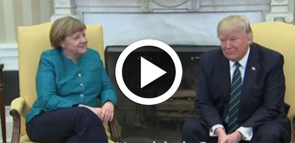 بالفيديو : ترامب يحرج ميركل و يرفض مصافحتها