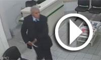 بالفيديو : كاميرا مراقبة ترصد  شيخا بصدد سرقة لوحة رقمية من إحدى العيادات بصفاقس