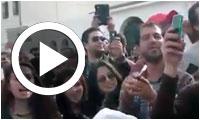 بالفيديو : مالذي أغضب المرزوقي أمام مكتب الاقتراع بالقنطاوي والذي جعله يشير إلى نداء تونس